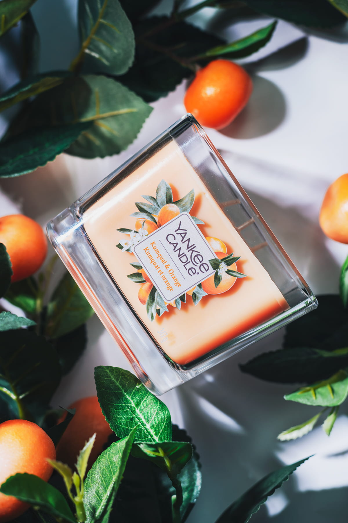 Yankee Candle Elevation Kumquat & Orange średnia świeca 347 g